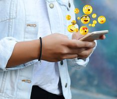 new emojis are set to be released soon! From fire extinguishers to toilet-paper rolls, cupcakes and llamas – prepare for your wildest emoji dreams to come true! Snapchat Emojis, Snapchat Usernames, About Snapchat, Snapchat Account, Snapchat Ideas, What Emoji Are You, Username Ideas Creative, Emojis Meanings, Shrug Emoji