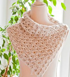Free pattern � Broomstick Lace Cowl