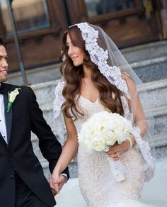 The Prettiest Bridal Veil And Hairstyle Pairings