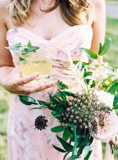 a rustic bouquet + a cocktail