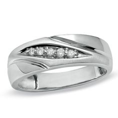 Mens Diamond Accent Wedding Band In 10K Gold