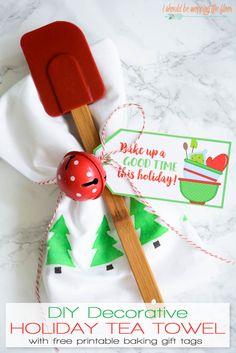 DIY Decorative Holiday Tea Towel