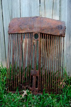 Rusty Old Tractor grill