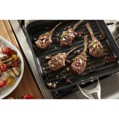 Calphalon® Contemporary Nonstick cookware features heavy-gauge, hard-anodized aluminum construction for durability and rapid, even heating.