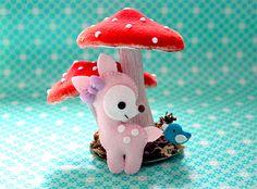 Cute Felt Deer DIY With free pdf pattern Cute Crafts, Crafts To Do, Felt Crafts, Crafts For Kids, Paper Crafts, Diy Crafts, Felt Animal Patterns, Stuffed Animal Patterns, Bambi