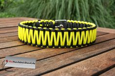 Hundehalsband-schwarz-gelb-Biothane-Paracord-4