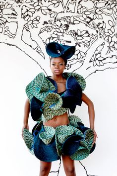 Blue and turquoise headpiece, crop top and miniskirt made from handwoven plain and tweed lutindzi placemats by Gone Rural. Fashion Art, Fashion Show, Fashion Trends, Africa Craft, Afro, Contemporary African Art, African Design, Hair Art, Fashion Pictures