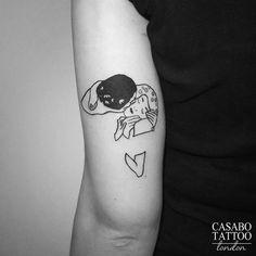 """""""Kiss klimt"""" by tyler casabò from his flash book. Kiss Tattoos, Mom Tattoos, Little Tattoos, Small Tattoos, Tattoos For Women, Tatoos, Gustav Klimt, Art Klimt, Klimt Tattoo"""