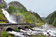 dam images daily 2015 08 waterfall bridges waterfall bridges 03