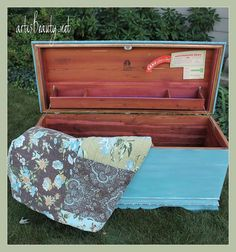 Old Cedar Chest Makeover :: Hometalk Cedar Chest Redo, Painted Cedar Chest, China Hutch Makeover, Woodworking Projects, Diy Projects, Furniture Makeover, Diy Furniture, Repurposed Furniture, Furniture Refinishing