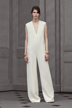 La combi-pantalon de la collection croisière 2016 de Balenciaga blanche