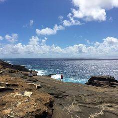 【etoile9999】さんのInstagramをピンしています。 《海の蒼。 #memory #reminiscing  #enjoy #enjoylife #simple #simplelife #シンプル #旅 #旅行 #一人旅 #1人旅 #写真 #写真好きな人と繋がりたい #travel  #神戸 #三宮  #芦屋 #Hawaii #honolulu #ハワイ #ホノルル #vacation #waikiki #ワイキキ #morning #朝 #sunny #海 #sea》