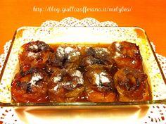 Le Mele al forno super caramellose cuociono immerse in uno strato di marsala e caramello, che le rende morbide e coperte da una crosticina croccante Marsala, Biscotti, Antipasto, Strato, Food And Drink, Sweets, Beef, Fruit, Cooking