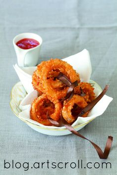 Crispy crunchy onion rings from Starters and Sides Made Easy on Artscroll Blog