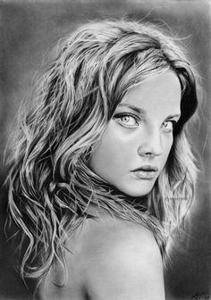 Sachsen, Germany based artist Anne Teubert is talented in pencil art. He draws realistic portraits and figures of celebrities and people with rich emotions.