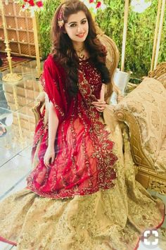 Anum gohar looks beautiful in this dress Pakistani Wedding Outfits, Pakistani Dresses Casual, Pakistani Wedding Dresses, Pakistani Dress Design, Bridal Outfits, Indian Dresses, Punjabi Wedding, Desi Wedding, Party Outfits