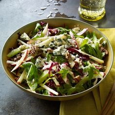 we add blueberries to this too! Enjoy a tasty and delicious meal with your loved ones. Learn how to make Fall harvest salad with cider vinaigrette & see the Smartpoints value of this great recipe. Healthy Recipes, Ww Recipes, Healthy Cooking, Great Recipes, Salad Recipes, Vegetarian Recipes, Healthy Eating, Favorite Recipes, Healthy Salads