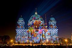 Berliner Dom /// Berlin Cathedral Church @ Berlin FESTIVAL OF LIGHTS 2010. Designed by Star Designer Wolfgang Joop & Wunderkind  (c) Festival of Lights / Christian Kruppa #Berlin #FestivalofLights #BerlinerDom #BerlinCathedralChurch