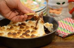 But of COURSE a vintage cast iron skillet is a great gift for the holiday! @VictoriaAdvocate