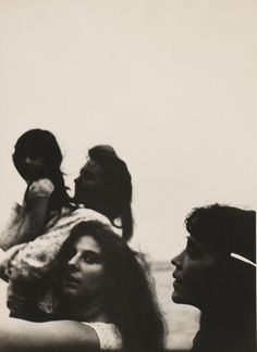 killerbeesting:  Robert Frank - Mary, Andrea, Barbara Forst and Dody Miller, 1960s