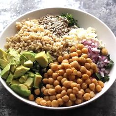 Weight loss recipes videos: Kale Barley Feta Salad With Vinaigrette Recipes For Weight Loss - Abby Hehir Veggie Bowl Recipe, Weight Loss Meals, Losing Weight, Barley Salad, Keto Diet Guide, Feta Salat, Lemon Vinaigrette, Salad In A Jar, Prepped Lunches