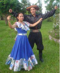 vestimenta tipica de tarija bolivia