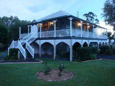 1000 images about queenslander houses on pinterest for Queenslander exterior colour schemes