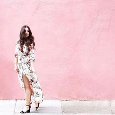 Anything is possible with sunshine and a little bit of pink! 💗✨ #Verity babe @hopeisafeather on a perfect spring day in SF wearing our Pink Poppy maxi! 🌿🌸