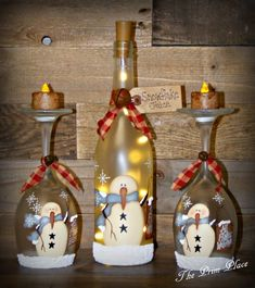 Lighted Snowman Wine Glass Candle Holder Snowman D Wine Bottle Art, Painted Wine Bottles, Lighted Wine Bottles, Painted Wine Glasses, Beer Bottle, Bottle Lights, Wine Glass Crafts, Wine Bottle Crafts, Wine Glass Candle Holder
