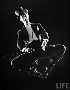 Ray Bolger great dancer! He was so great! He is always remembered as the Scarecrow in Wizard of Oz but he was so much more! ♥ www.thewonderfulworldofdance.com #ballet #dance