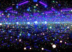 "Yayoi Kusama ""Infinity Room"" Tate Modern instilation"