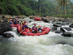 Arung Jeram di Sungai Citarik (Rafting on Citarik River) - Sukabumi, Jawa Barat, Indonesia