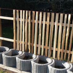 Neues Gartenprojekt #gartenzaun #gartenidylle #holzdesign #rustikal #rustic #holz #holzzaun #wood #woodwork #zaun #lattenzaun #woodfence #fence #gartenzeit #gartenprojekt #frühling #frühlingszeit de ruwera