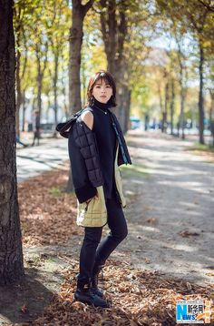 Chinese actress Liu Tao releases fashion shots in Paris | China Entertainment News