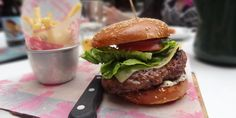 10 imperdibili hambuger da mangiare a Milano