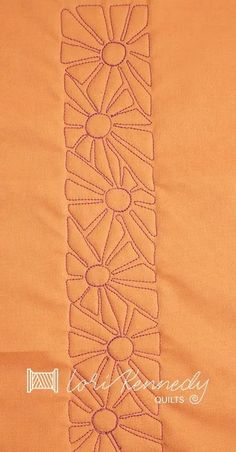 How to Quilt Overlapping Daisies Pattern - Lori Kennedy Quilts Patchwork Quilt Patterns, Machine Quilting Patterns, Quilting Templates, Modern Quilt Patterns, Quilt Patterns Free, Quilting Tutorials, Quilting Ideas, Free Motion Quilting, Longarm Quilting
