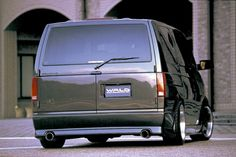 Cool minivans, Wald edition: | Safety Stance Chevy Astro Van, Chevrolet Astro, Best Family Cars, Best New Cars, Plymouth Voyager, Chrysler Pacifica, Metal Tree Wall Art, Grand Caravan, Cars