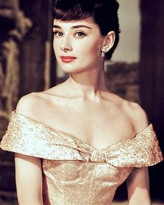 """9 Likes, 1 Comments - Magic of Oldies (@themagicoftheold) on Instagram: """"#audreyhepburn#actress#classichollywood"""""""