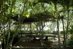 Playa Manglares: La salle à manger, située à l'extérieur et entourée de verdure, assurera d'agréables moments de convivialité autour des plats typiques de la région.
