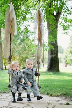 burlap swing #wedding | Kristyn Hogan