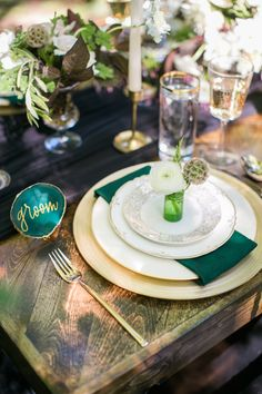 Pretty jewel toned table decor: http://www.stylemepretty.com/little-black-book-blog/2015/09/01/jewel-tone-forest-wedding-inspiration/ | Photography: Heather Cook Elliott - http://heathercookelliott.com/