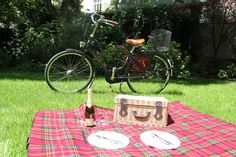 Picnic Blanket, Outdoor Blanket, Hotel Packages, Palace, Palaces, Picnic Quilt, Castles