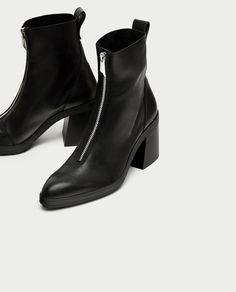 Image 5 of HIGH HEEL LEATHER ANKLE BOOTS WITH ZIP from Zara