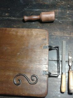 Tabla, hierro, woodcarving, board