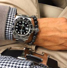 """Use Hashtag ♛ #RolexWrist ♛ on Instagram: """"Rolex Wrist of @carlovulnera . Use hashtag ♛ #RolexWrist ♛ ------------------------------------------- #omega #hublot #rolex #rolexgmt #seadweller #skydweller #yachtmaster #datejust #airking #wristenthusiast #watchmvmt #rolexshowisrael #tudor #audemarspiguet #datejustii #alangesohne #panerai #tagheuer #rolexing #rolexero #mywatchblog #daytona #rolexblog #submariner #rolexsubmariner #richardmille #patekphilippe #daydate #milgauss"""""""