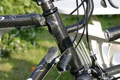 For sale: low mileage Colnago carbon fiber frameset.