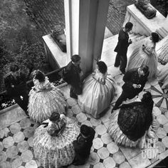 Coffee Served on Porch of Ante-Bellum Mansion, Riverview, Mississippi, Alfred Eisenstaedt, 1943 Old Photos, Vintage Photos, Vintage Postcards, Vintage Art, Mississippi, Hoop Skirt, Princess Aesthetic, Southern Belle, Southern Charm