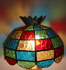 Vtg Tiffany Reproduction Kaleidoscope Stained Glass Large Geo Pattern Lamp Shade #stainedglass #lamp Stained Glass Lamp Shades, Tiffany Stained Glass, Tiffany Glass, Stained Glass Art, Decorated Wine Glasses, Table Lamp, Night Lights, Mosaics, Geo