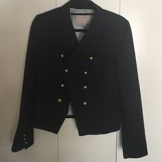 Reduced ✨Military Blazer Banana republic military blazer. Dark blue with gold buttons and stripped white and blue lining. Mostly cotton material. Make me an offer! This jacket is in excellent condition! Banana Republic Jackets & Coats Blazers