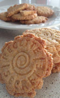 Biscuits sablés à la noix de coco et à la cannelle